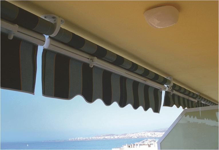 Toldo brazo de balcón